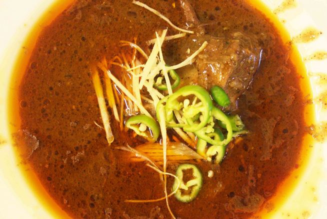 Nihari at Haaji Noora