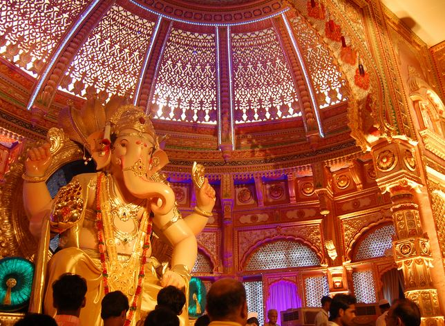 Khetwadi Ganesh Idol with Interior Decorations