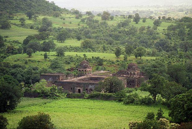 Roopmati Pavillion Near Jahaz Mahal