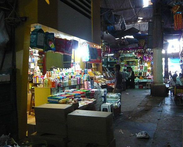 Cosmetic Shops at Crawford Market Mumbai
