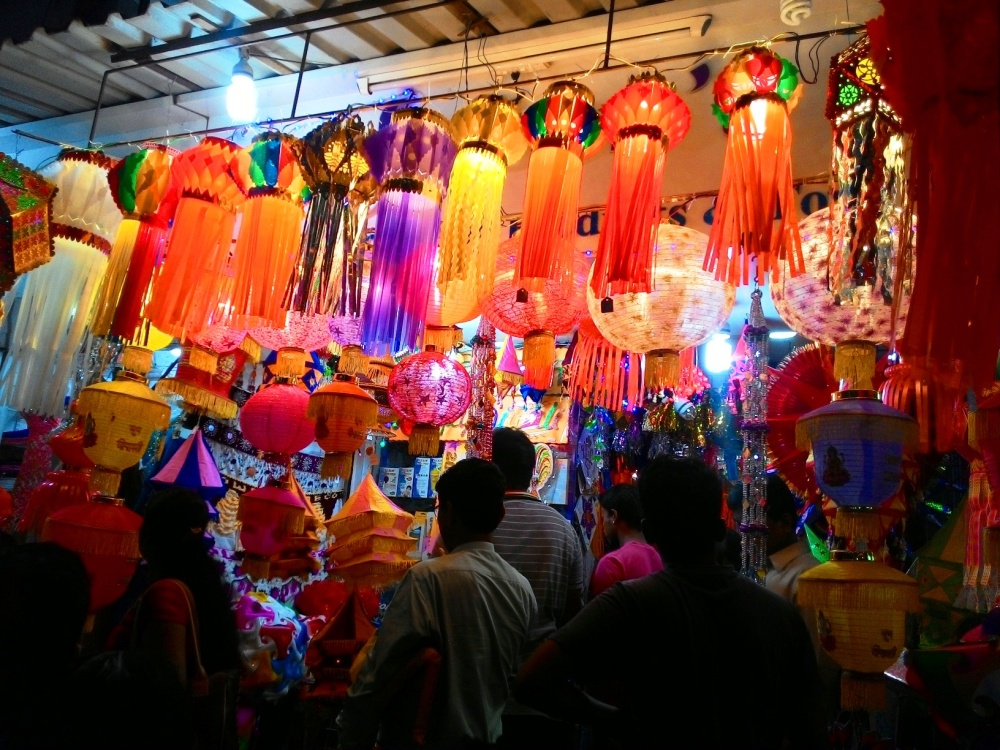 Where to go diwali shopping in mumbai best places you can find diwali lamp shades in mumbai aloadofball Images