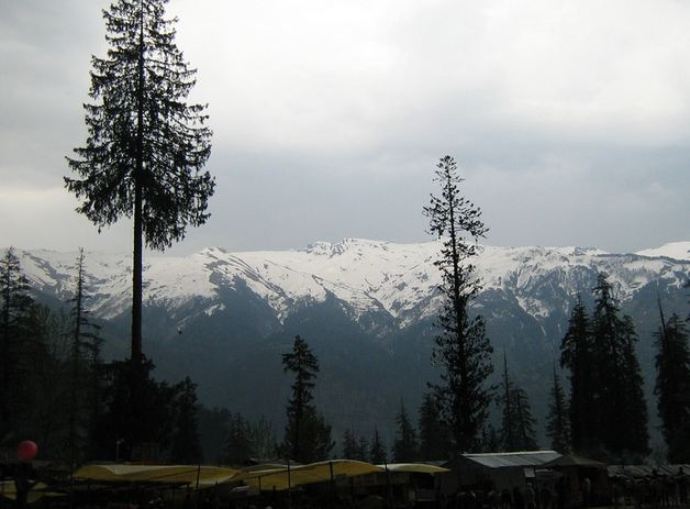 Honeymoon in Himachal Pradesh, India