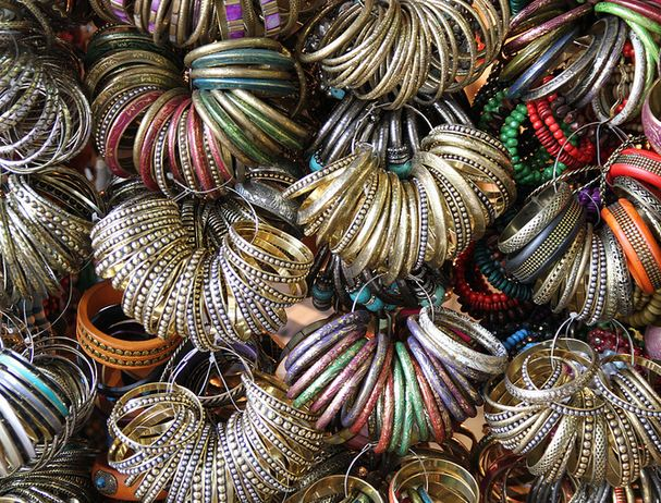 Shopping Bangles in Colaba Mumbai