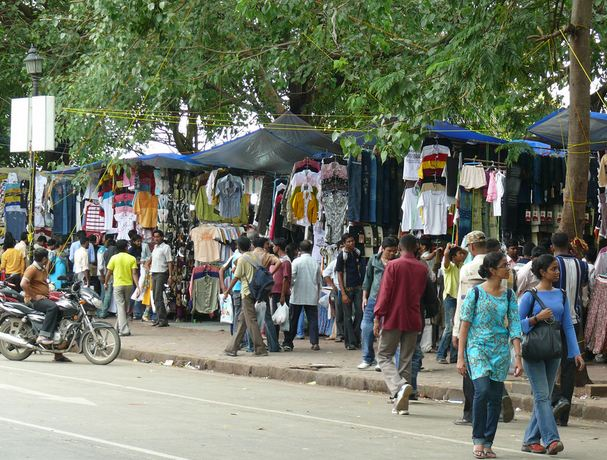 Street Shopping at Fashion Street Mumbai