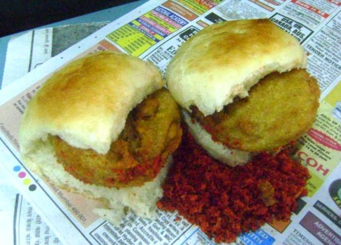 Vada Pav in Mumbai with Garlic Chutney